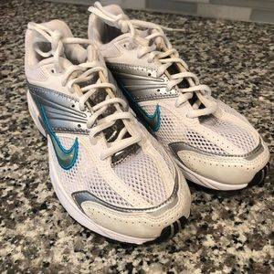 Nike Women's Air Max Rival